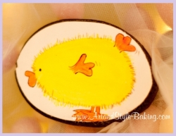 VIOLA Easter Chick Cookie Favor