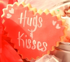 ROMANTIC HUGS N KISSES for You Valentine Cookie Favor