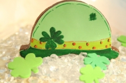 MCDONNELL St Patricks Day Derby Hat Cookie Favor