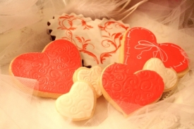 ROMANTIC Red Hot in White Valentine Cookie Gift Box