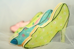 MIRANDA Shoe Cookie Favor